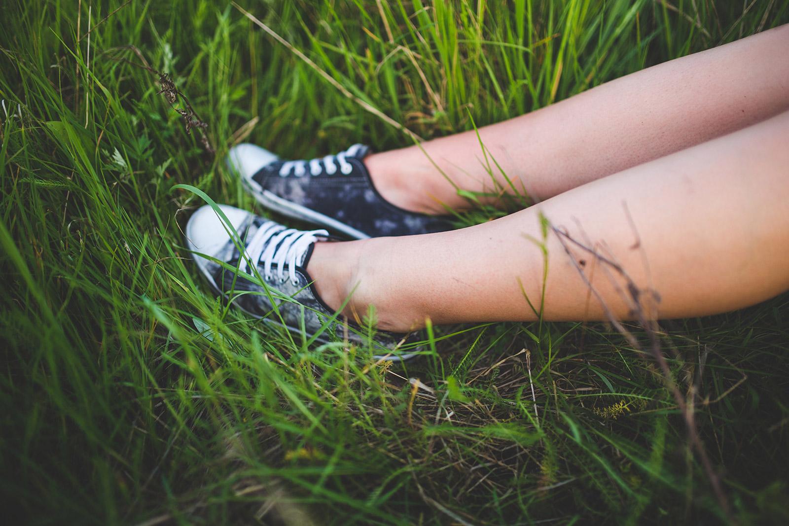 nature-people-legs-summer